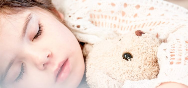 Risiken und Nebenwirkungen: TV und Radio als Schlafmittel